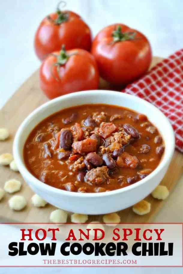 Hot & Spicy Slow Cooker Chili that will knock your socks off! | thebestblogrecipes.com | #spicy #chili #dinner