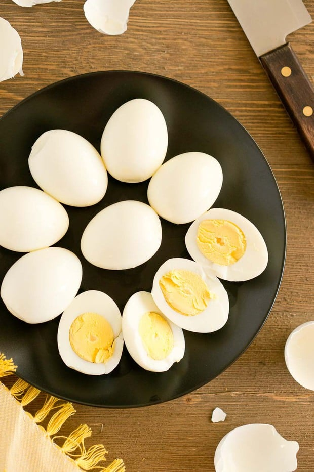 Cooking hard boiled eggs is easy and quick, especially if you are making them in your electric pressure cooker. But how to make perfect Instant Pot Hard Boiled Eggs that peel easily? Check out this super easy method.