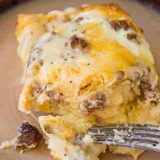 Sausage and Gravy Breakfast Casserole