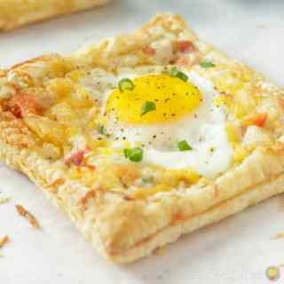 Breakfast Egg and Ham Puffed Pastry