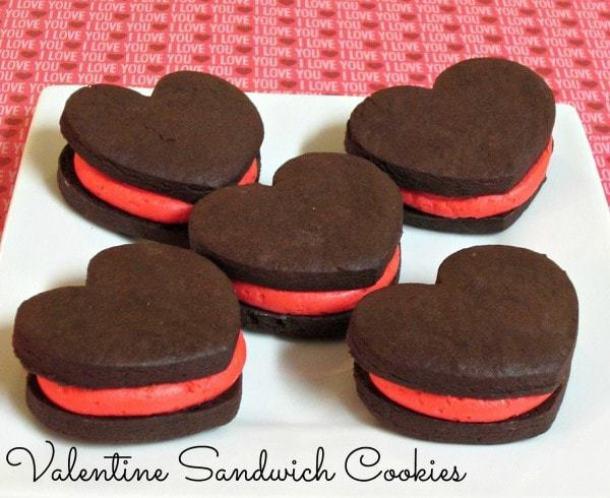 Valentine Sandwich Cookies -- Part of the Valentines Day Dessert