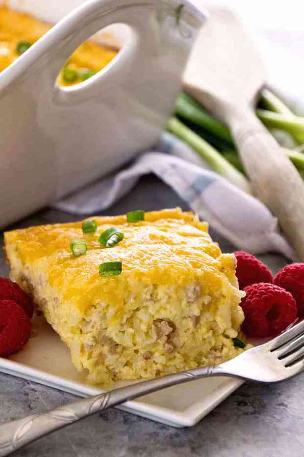 Delicious Sausage & Cheese Hash Brown Breakfast Casserole with Sausage, Hash Browns, Cheese and a Homemade Gravy! The BEST hashbrown breakfast casserole!