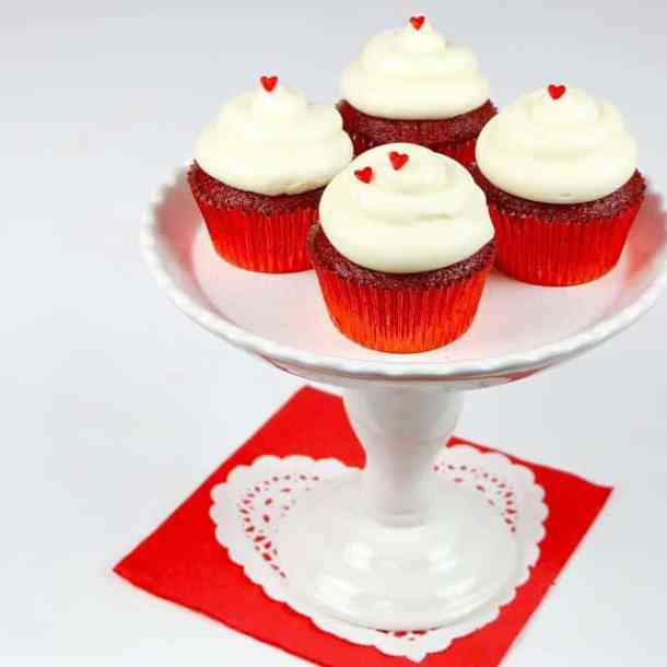 Red Velvet Cupcakes with Cream Cheese Frosting -- Part of the Valentines Day Dessert