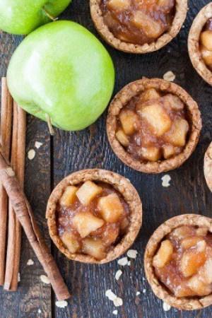 Apple Crisp Cookie Cups
