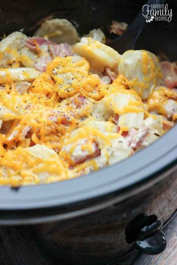 Slow Cooker Au Gratin Potatoes and Ham -- part of Loaded Potato Recipes that make the PERFECT Dinner Side Dish