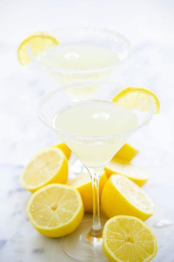18 Sparkling Lemon Drop Martini