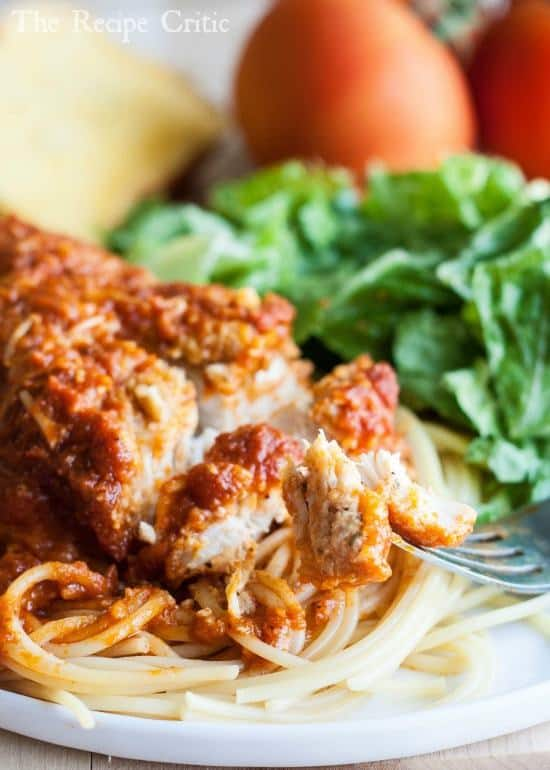 I love chicken Parmesan but hate all of the hassle of making it. This chicken parmesan recipe was so EASY to throw together and it tasted amazing!