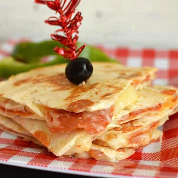 Pepperoni Pizza Quesadilla--Part of THe Best Quesadillas Recipes