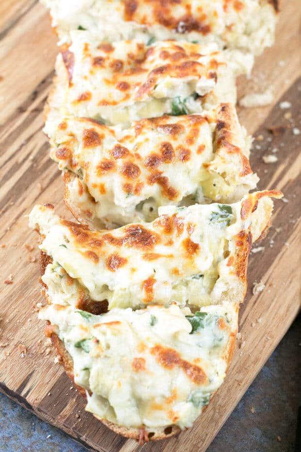 chicken-spinach-artichoke-dip-french-bread