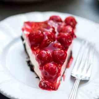 Easy Cherry Cheesecake Pie