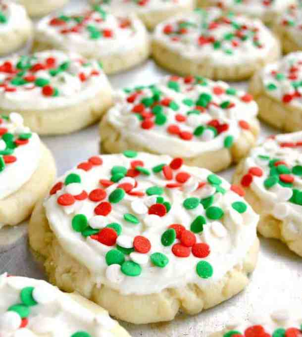No Roll Sugar Cookies -- Part of Fun and Festive Christmas Desserts