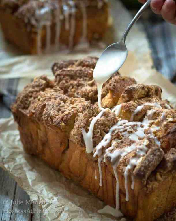 Apple Pecan Streusel Pull Apart Bread--Part of The Best Pull Apart Bread Recipes