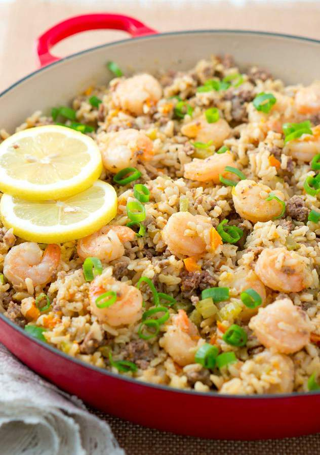 Easy Dirty Rice with Shrimp – a healthy twist on a Cajun classic. The addition of shrimp turns this into a fabulous main dish. Easy to make and very flavorful!