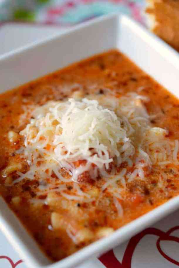 Pressure Cooker Lasagna Soup-min-- Part of THE BEST INSTANT POT RECIPES
