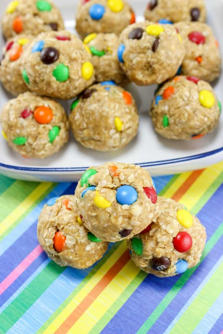 These No Bake Monster Cookie Oatmeal Energy Balls will feel like a special treat, but are actually a healthy after school snack!