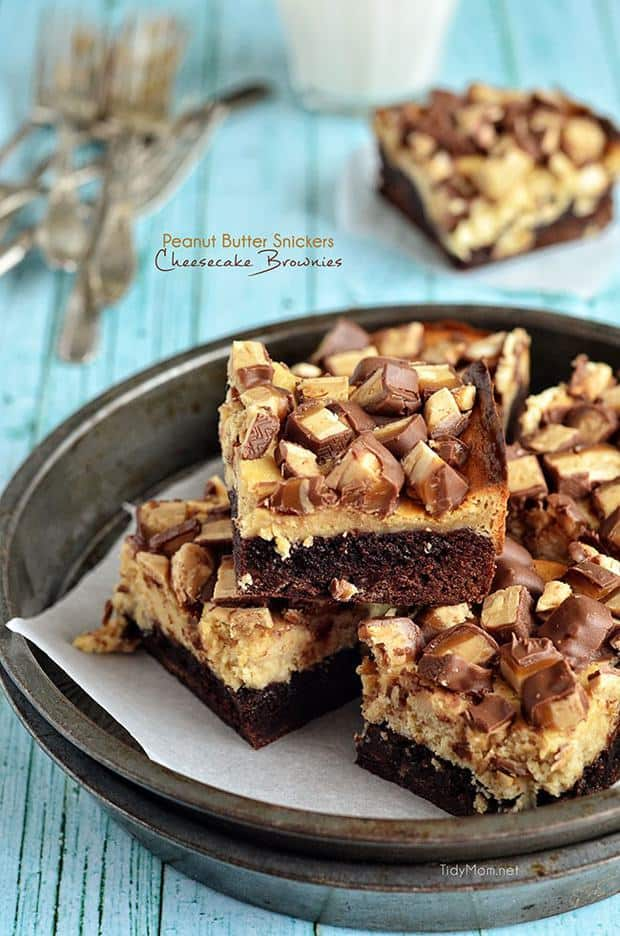 Peanut Butter Snickers. Peanut Butter Cheesecake. Brownies. Need I say more? These Peanut Butter Snickers Cheesecake Brownies are rich, chocolatey and absolutely sinful. Just the way a brownie should be!