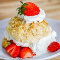 shortcake biscuits with strawberries