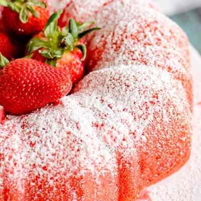 Filled Strawberry Bundt Cake