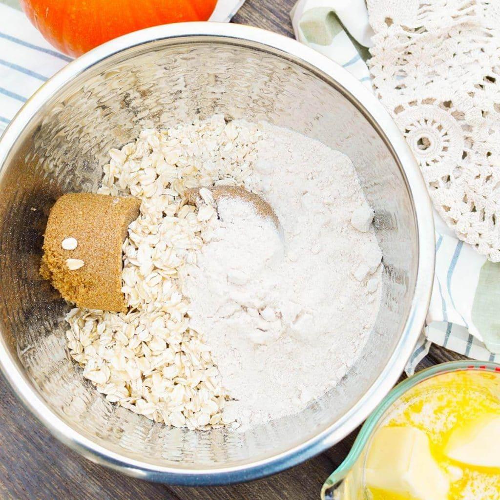 oatmeal, sugar and flour in a bowl