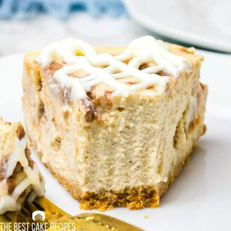 glazed Cinnamon Roll Cheesecake