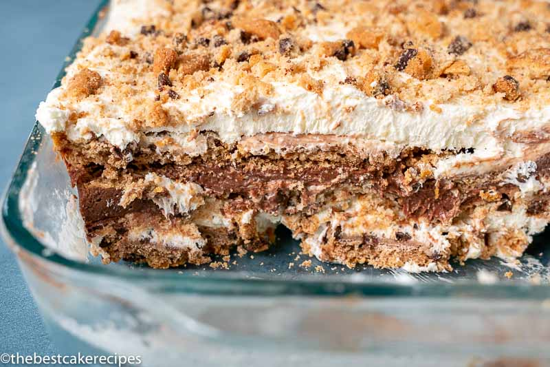 sliced chocolate cookie icebox cake