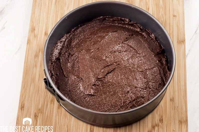 unbaked keto chocolate fudge cake