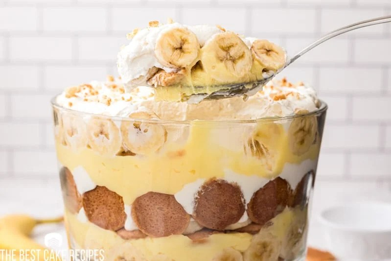 banana pudding on a serving spoon