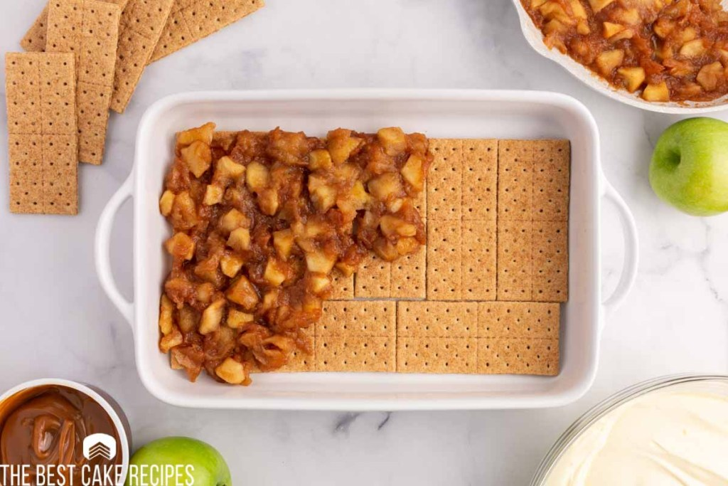 apple pie filling over graham crackers