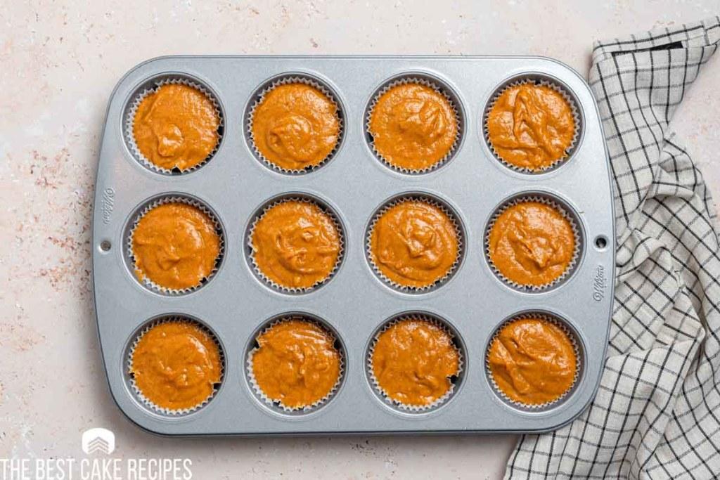 unbaked pumpkin cupcakes