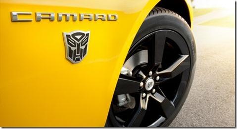 Chevy-2012-Camaro-Bumblebee02_1326880738