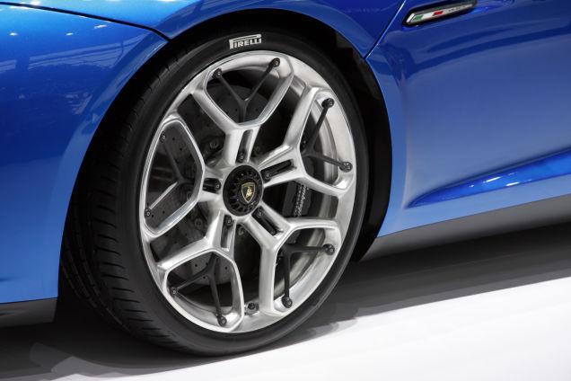 Lamborghini Asterion - the wheel