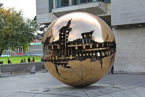 sphere-3105670_1920