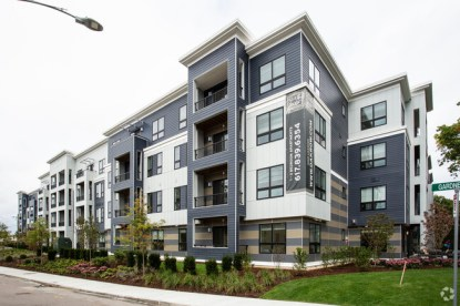 oak-row-apartments-west-roxbury-ma-building