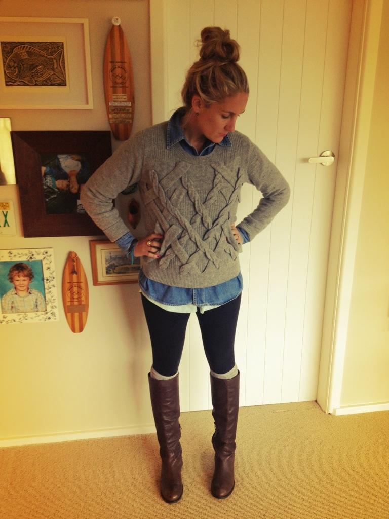 Boots_leggings_denim_shirt