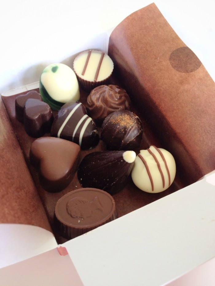 Bennetts_Chocolate_sampler_box