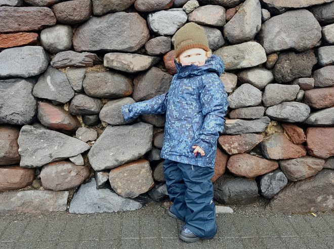New Zealand's Top Mummy Blogger Parenting Travel Blog Family Kids ski wear