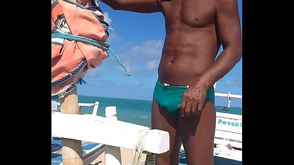 De olho na mala do pescador