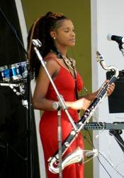 Jazz-sax-beauty