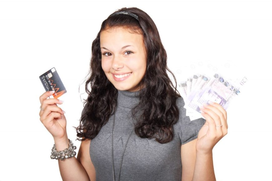 Things to Keep in Wallet to Attract Money - Everything About Wallets