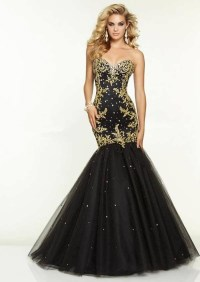 Golden Dresses For A Wedding