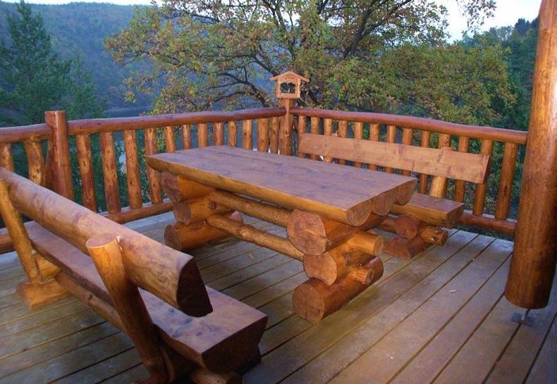 Outdoor Log Furniture Ideas