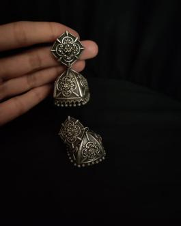 Oval shaped jhumka