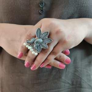 Leaf Silver Look Alike Ring