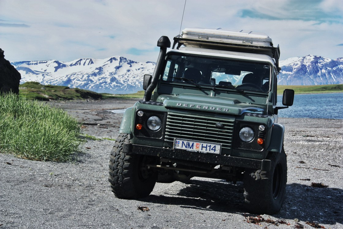 Defender Roadtrip Iceland in Summer