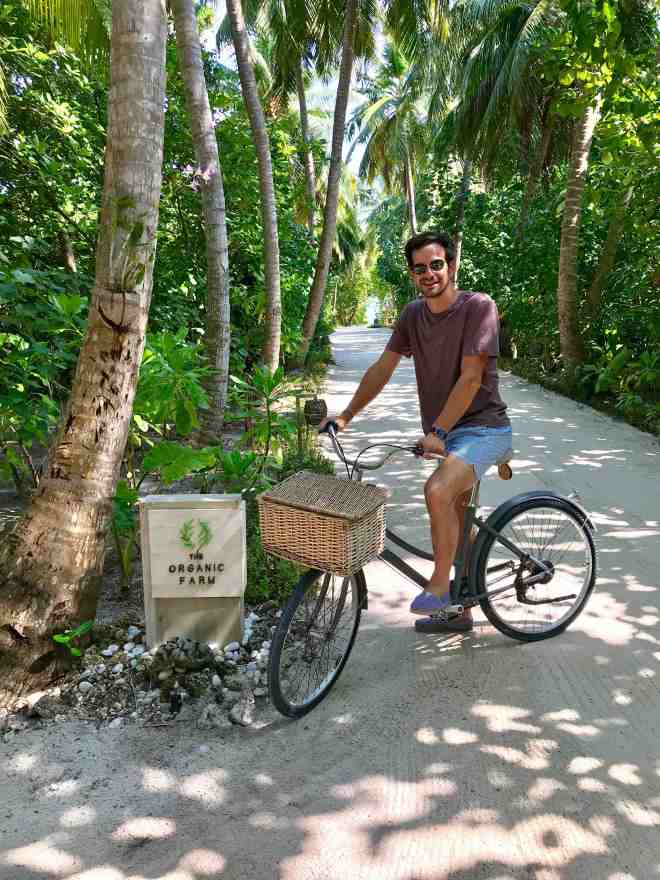 thebetterplaces_vakkaru_honeymoon_island_organic.jpg