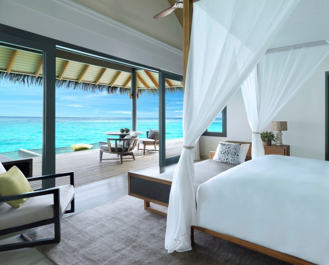Thebetterplaces_vakkaru_maldives_Honeymoon_Over_Water_Villa.jpg