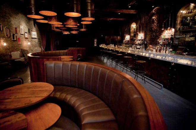 thebetterplaces_bars_cityguide_buenosaires_Victoriabrown.jpg
