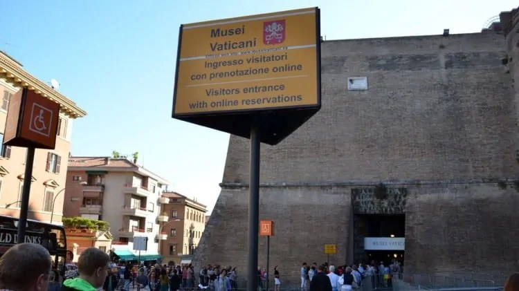Vatican Museum entrance for online tickets
