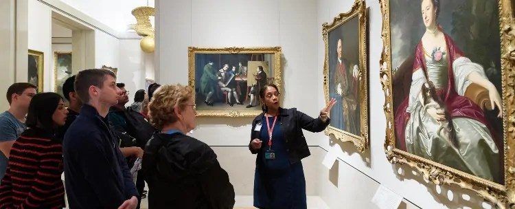Guided tours at MET Museum