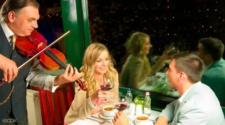 Dinner cruise with Live Music on Danube River